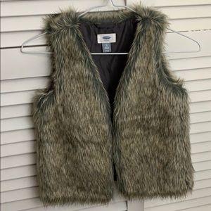 Girls Fur Vest NWOT